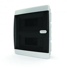 Бокс встраиваемый 18 мод. прозрачная черная дверь IP41 Tekfor